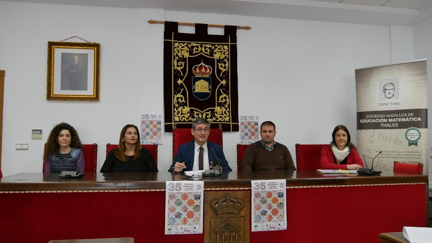 Presentación del evento en el Consistorio abderitano.