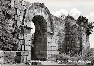 Photo: Falerii Novi. Le mura e Porta Giove. Anni 60'.