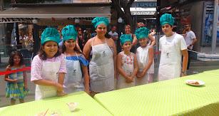 Los seis finalistas del concurso de Mini Chefs, Emily, Kike, Adriana, Luna, Miriam y María.