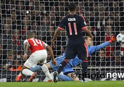Wat een redding van Manuel Neuer!