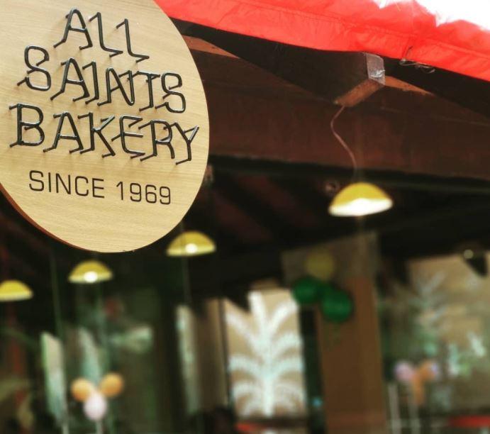 christmas-on-a-budget-bangalore_all_saints_bakery