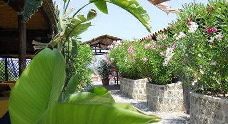 Pagoda Hotel & Residence