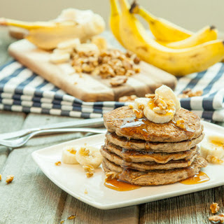 Vegan Banana Protein Pancakes