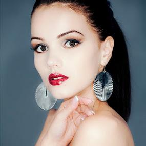 Andi by Attila Kropf - People Portraits of Women ( glamour, beauty, tattoo, ringlamp )