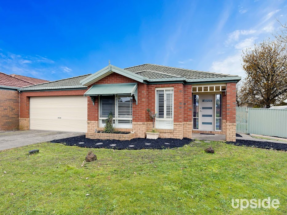 Main photo of property at 2 Foxwood Drive, Cranbourne East 3977