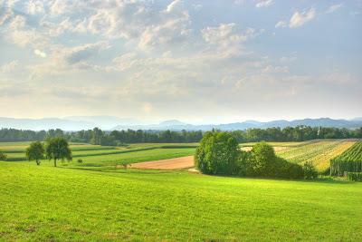 Landscape - Pokrajina - Source: http://metrodusa.blogspot.com/