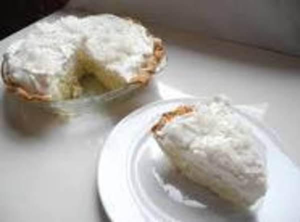 Easy Cocnut Cream Pie Recipe