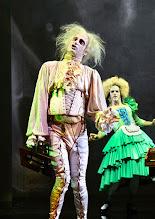 """Photo: WIEN/ Burgtheater: """"Der eingebildete Kranke"""" von Jean Baptist Moliere, Premiere 5.12.2015. Inszenierung: Herbert Fritsch. Joachim Meyerhoff, Markus Mayer. Copyright: Barbara Zeininger"""