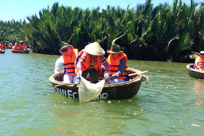 Balade en bateau à Hoi An