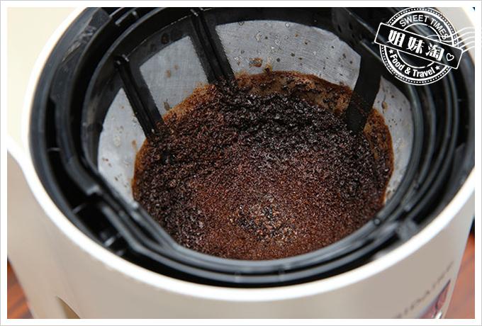 Frigidaire雙溫酒櫃智慧咖啡機16