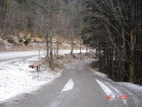 Photo: pogled sa glavne ceste (od ovog mjesta je cestom do Stalka točno 5km)