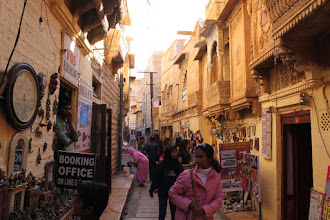 Photo: Bazaars inside the fort complex