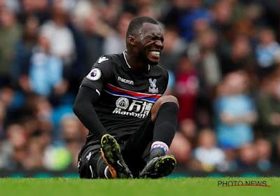 Lourde blessure pour Benteke ? Crystal Palace inquiet