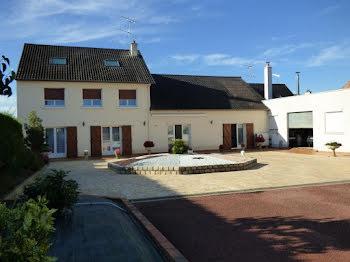 maison à Le Luart (72)