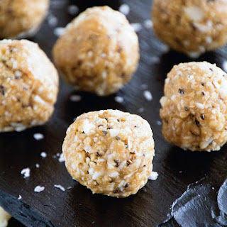 Coconut Macadamia Balls Recipes.