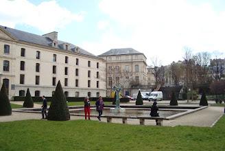 Photo: Les bâtiments du ministère de l'Enseignement supérieur et de la Recherche, lieu du colloque- Photo Ophélia Fabre