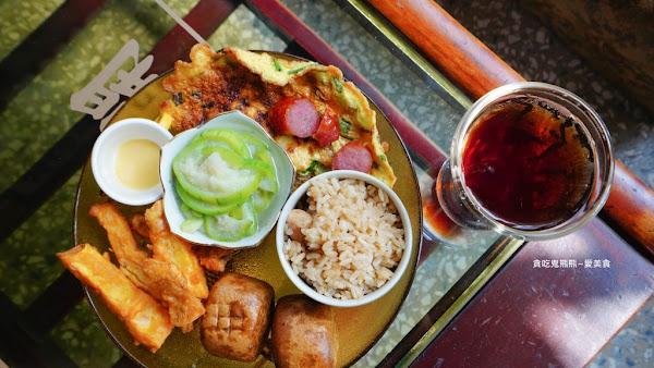 早午餐-非常好拍的-有味道有生命,老房老物老車,澎派早午餐 –寶石x飽食早午餐