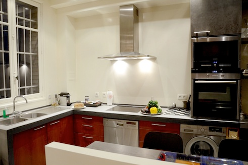 victor hugo serviced apartment kitchen