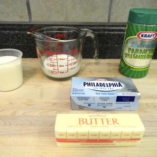 Homemade Creamy Alfredo Sauce