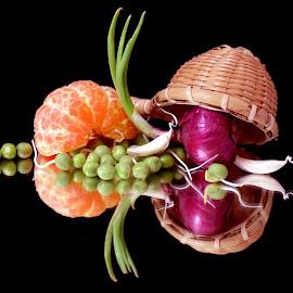 oranges by SANGEETA MENA  - Food & Drink Fruits & Vegetables