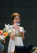 Photo: Wiener Kammeroper: EUGEN ONEGIN. Inszenierung; Ted Huffman. Premiere 2. Oktober 2014. Natalie Kawalek-Plewniak. Foto: Barbara Zeininger