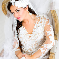 Wedding photographer Aygul Khanova (Khanova). Photo of 09.09.2015