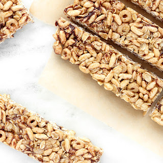 Healthy No-Bake Cereal Bars for Kids.