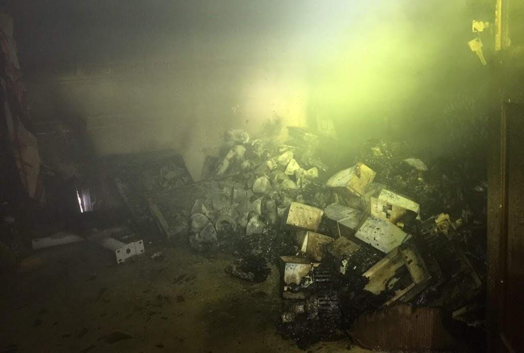 Hình ảnh vụ cháy tại số 2 đường Lê Viết Lượng, Phường Hưng Bình, Thành phố Vinh vào tối ngày 27/10/2019