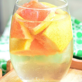 Fresh Grapefruit Sangria