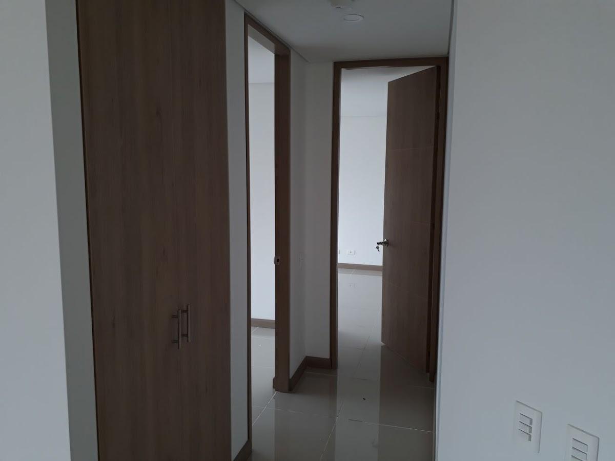 apartamento en arriendo el esmeraldal 691-7533