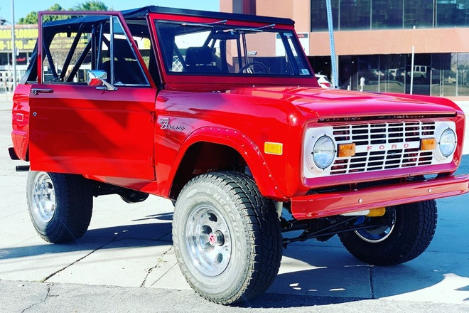 1971 Ford Bronco Hire CA