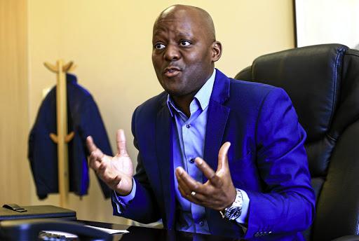 Uitvoerende beamptes van die SAUK het aangeraai om 'beskerming te kry vir oral waar hulle gaan' weens dreigemente - SowetanLIVE