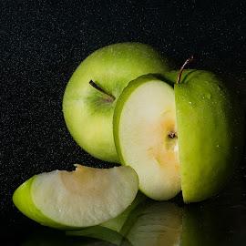 Green Apple by Rene Timbang - Artistic Objects Still Life ( #greenapple #stilllife #lowkeyshot #mycapture #canonphotography )