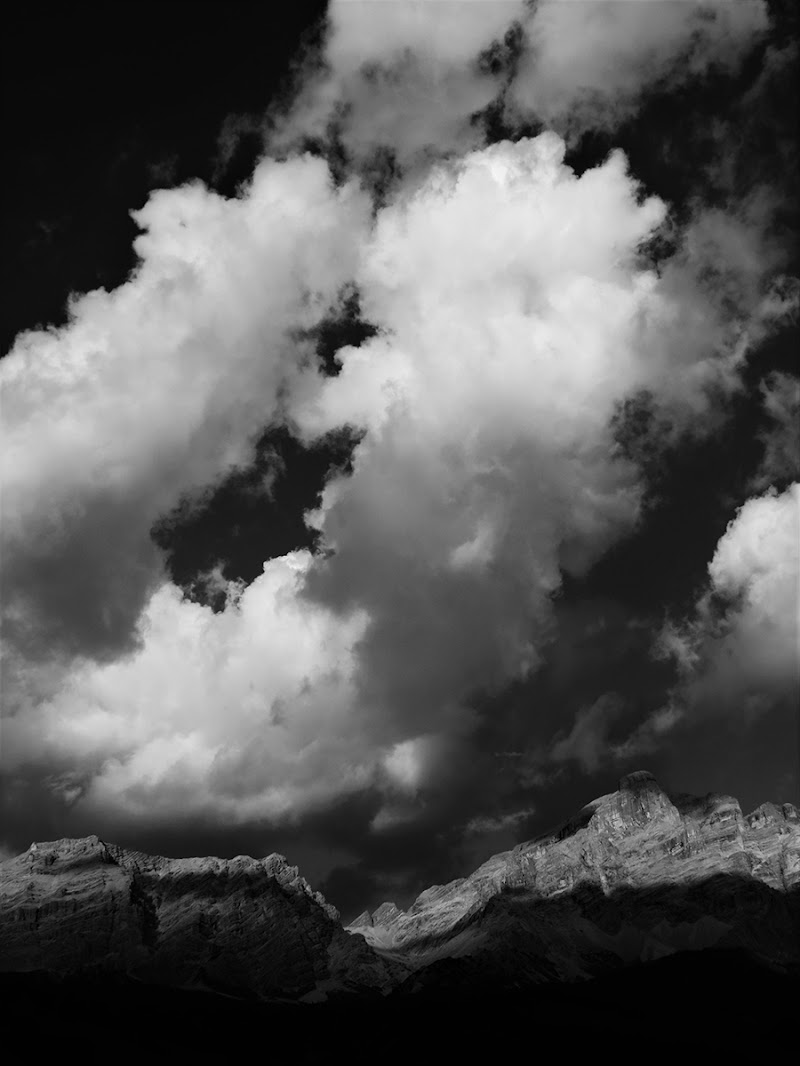 passing clouds di EmmaPhotos