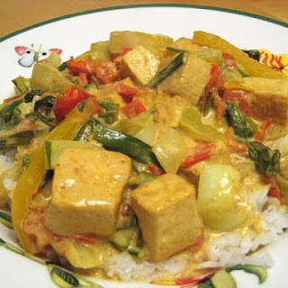How To Make Vegan Coconut Curry Sauce