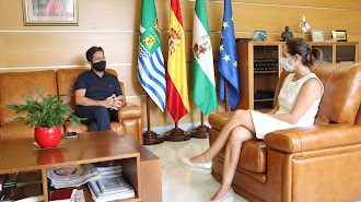 El alcalde de El Ejido se ha reunido con la directora de la residencia municipal de mayores.