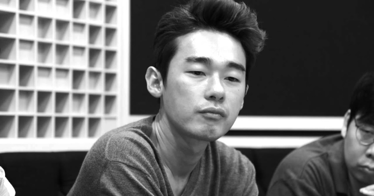 Korean Celebrity Says EXO-L's Screams Almost Gave Him A Seizure