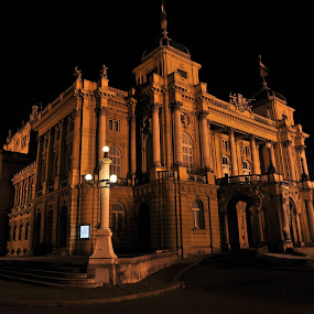 HNK... by Zvonimir Cuvalo - Buildings & Architecture Statues & Monuments ( hnk, croatia, theater, zagreb, croatian national theater )