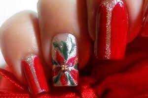nail-art-soffiodidea-christmas-star-pupamilano