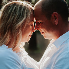 Wedding photographer Dani Mantis (danimantis). Photo of 10.01.2019