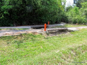 Photo: Installed today is this near raised remote switch throw at Sumrall.    HALS Public Run Day 2014-0419 RPW   11:46 AM