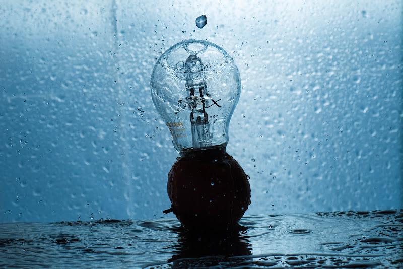 Piove anche sulle idee!! di Edoard Basile