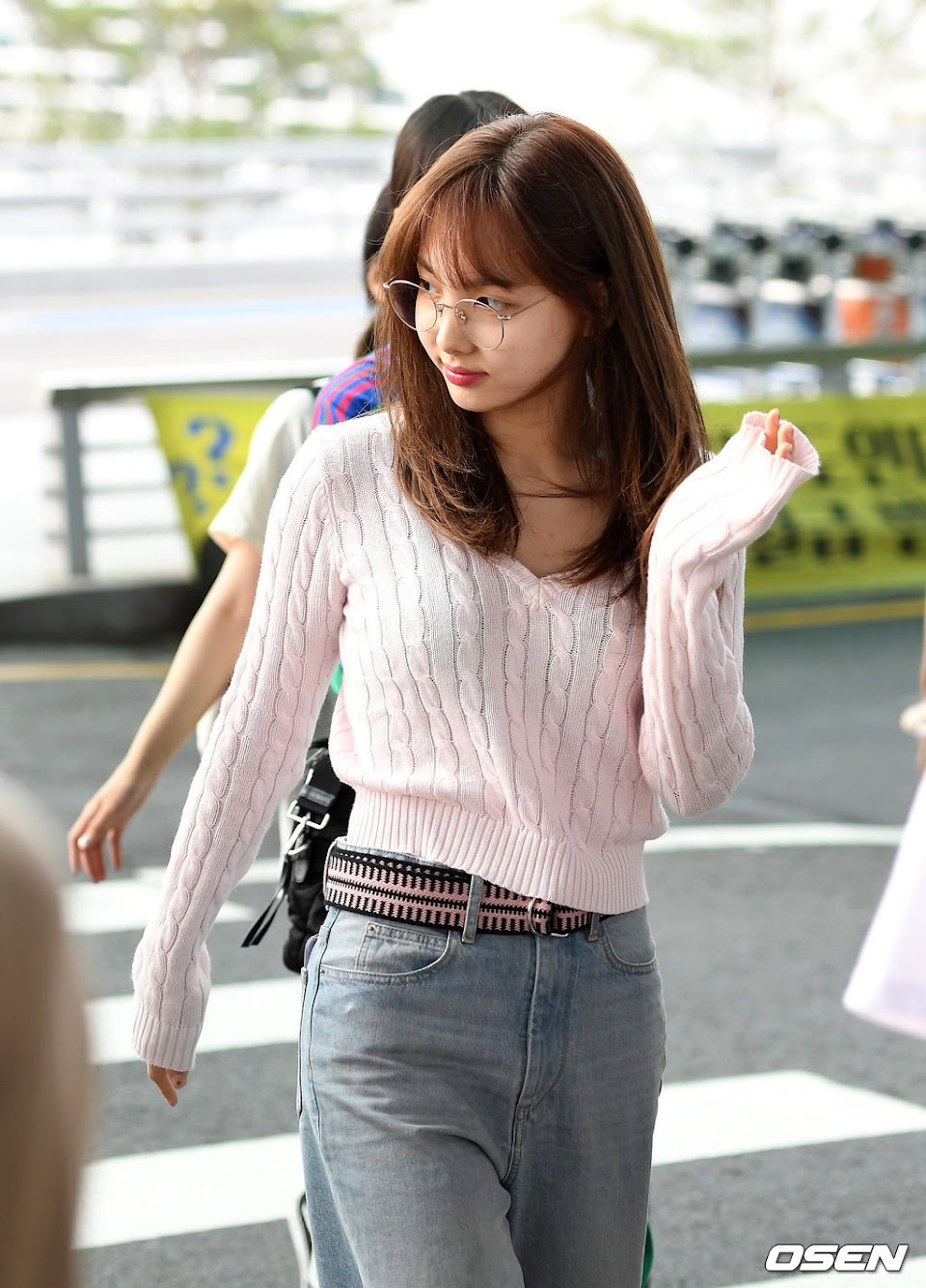 Nayeon-V-Neck-Short-Knit-Sweater-Inspiration-3