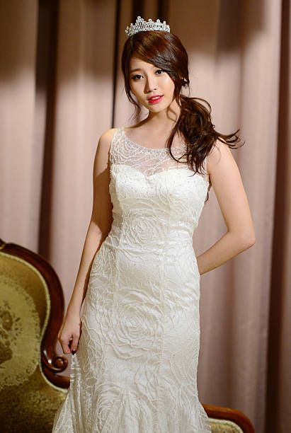 yura dress 26