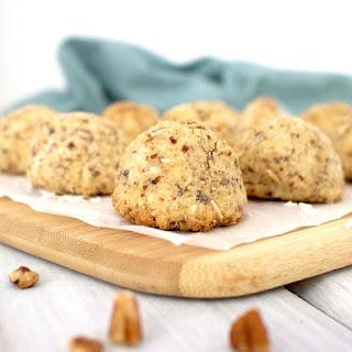 Healthy Macaroons (Low-Carb, Sugar-Free, Vegan, Gluten-Free, Low-Calorie!).