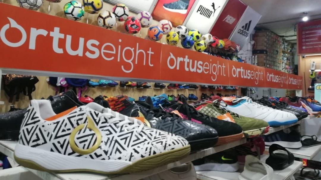 Toko Sepatu Dan Olahraga Sneaker Zone Malang Specs Ortuseight