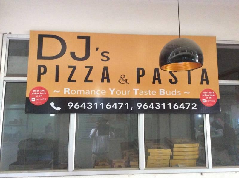 best_pizza_places_gurgaon_dj's_pizza_pasta_image
