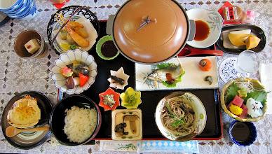 Photo: 昼食はご馳走でした。