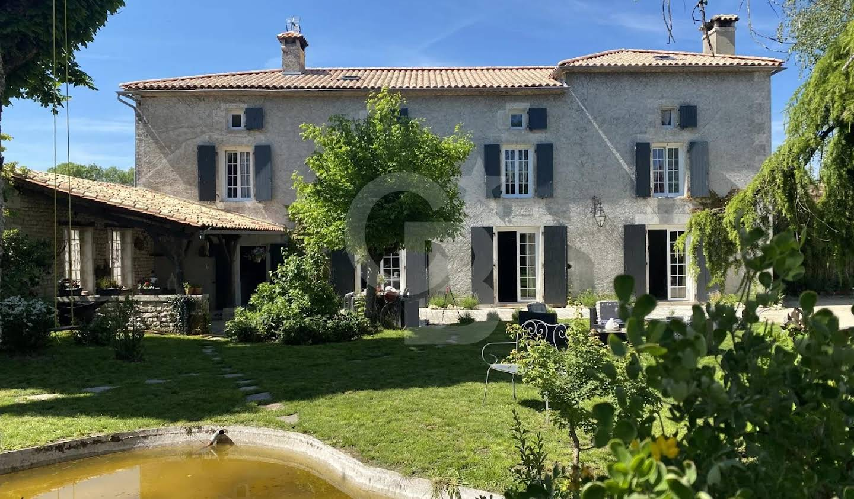 Maison Rouillac