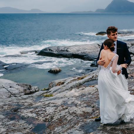 Wedding photographer Am Kowalczyk (amkowalczyk). Photo of 22.01.2018